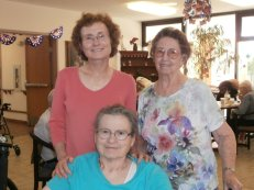 Aunt Lois, her daughter Terri and Mother